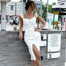 Kleid mit Ruesschenbesatz, Knopfen vorn und Guertel