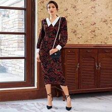 Kleid mit Kontrast Kragen, Schlitz hinten und Blumen Muster