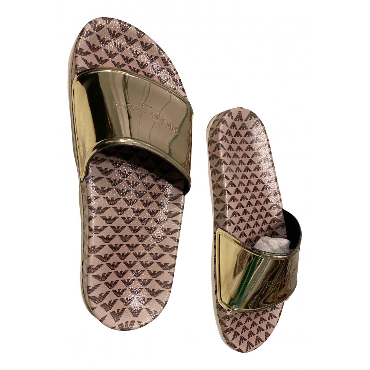 Emporio Armani \N Sandalen in  Gold Kunststoff