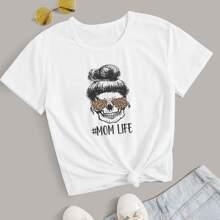 Plus Mom Life & Skull Graphic Tee