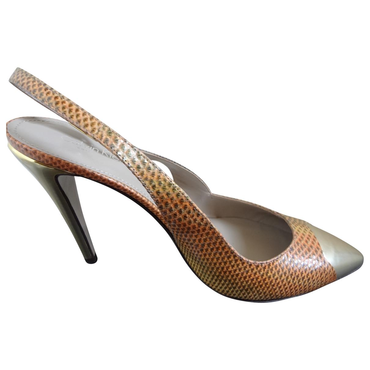Calvin Klein Collection - Escarpins   pour femme en python - dore