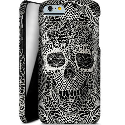 Apple iPhone 6 Smartphone Huelle - Lace Skull von Ali Gulec