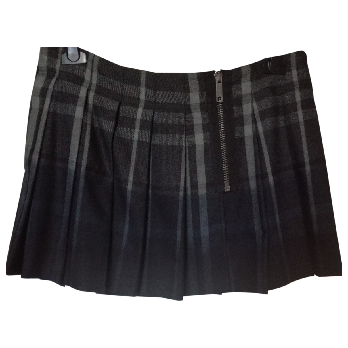 Burberry \N Wool skirt for Women 44 IT