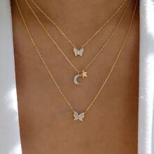 Collar a capas con mariposa