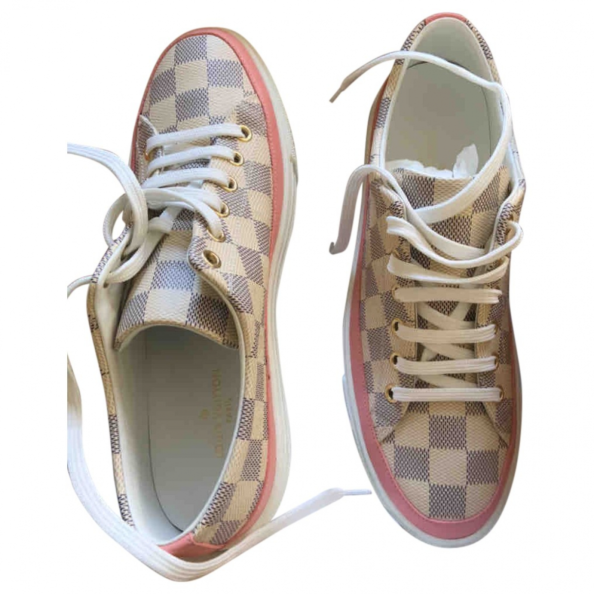 Louis Vuitton Stellar Sneakers in  Beige Leder