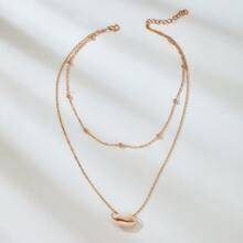 Shell Layered Clavicle Necklace