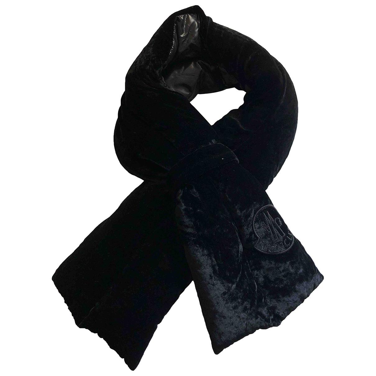Moncler - Carre   pour femme en velours - noir
