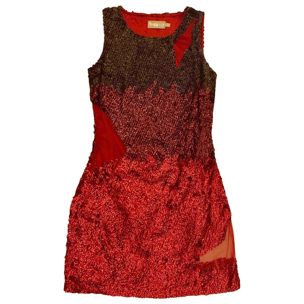 Non Signe / Unsigned \N Kleid in  Rot Mit Pailletten