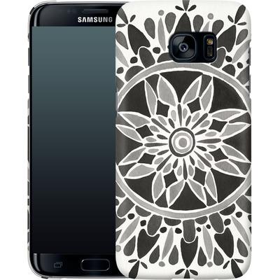 Samsung Galaxy S7 Edge Smartphone Huelle - Mandala Black von Cat Coquillette
