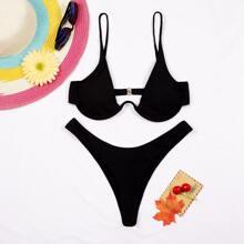 Bikini Badeanzug mit Buegel und hohem Ausschnitt