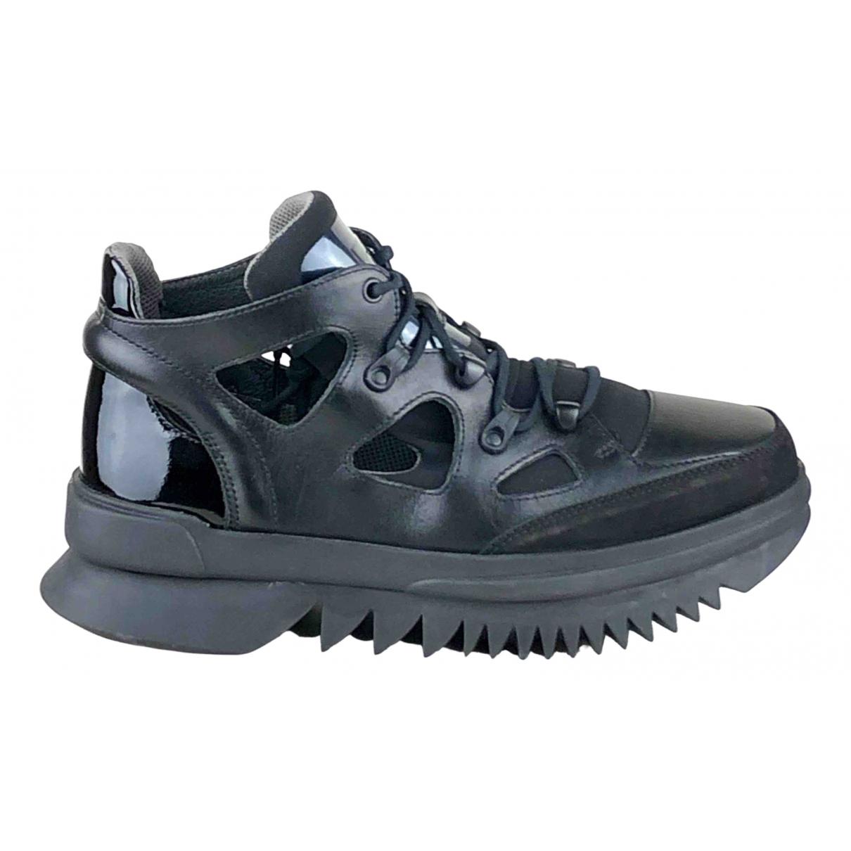 Camper \N Black Leather Trainers for Men 44 EU