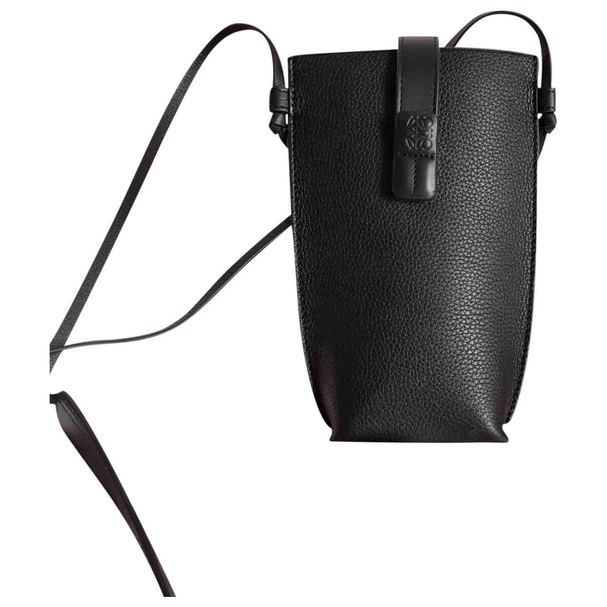 Loewe \N Black Leather Clutch bag for Women \N