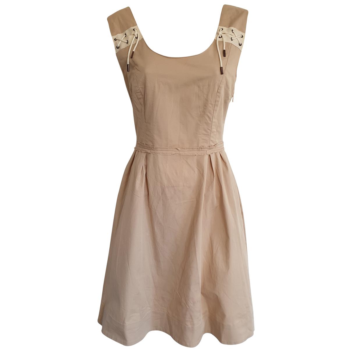 Mcq \N Kleid in  Beige Baumwolle