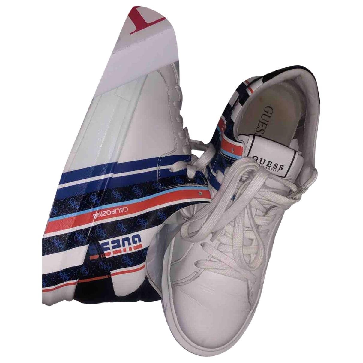 Guess \N Sneakers in  Weiss Leder
