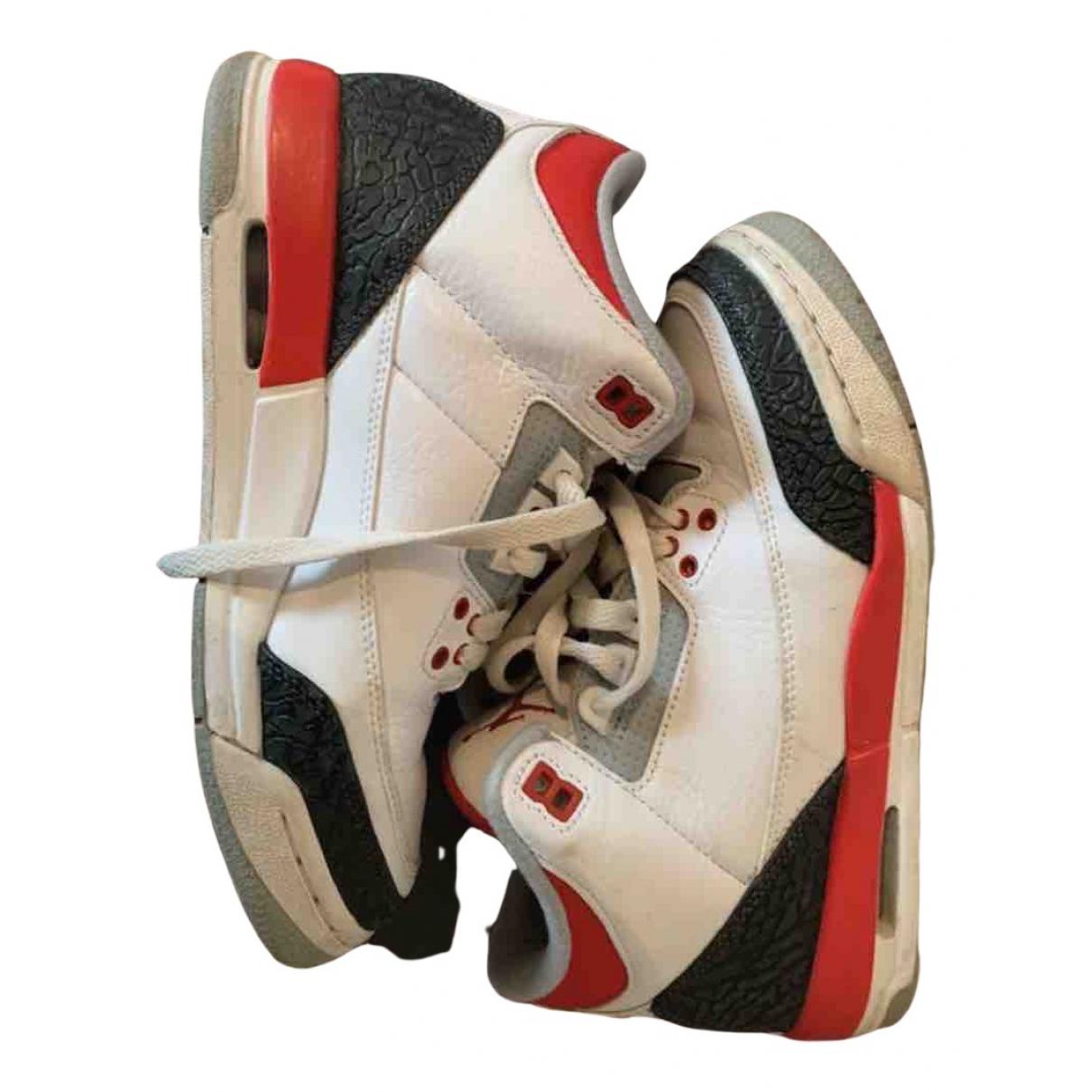 Jordan Air Jordan 3 Sneakers in  Weiss Leder