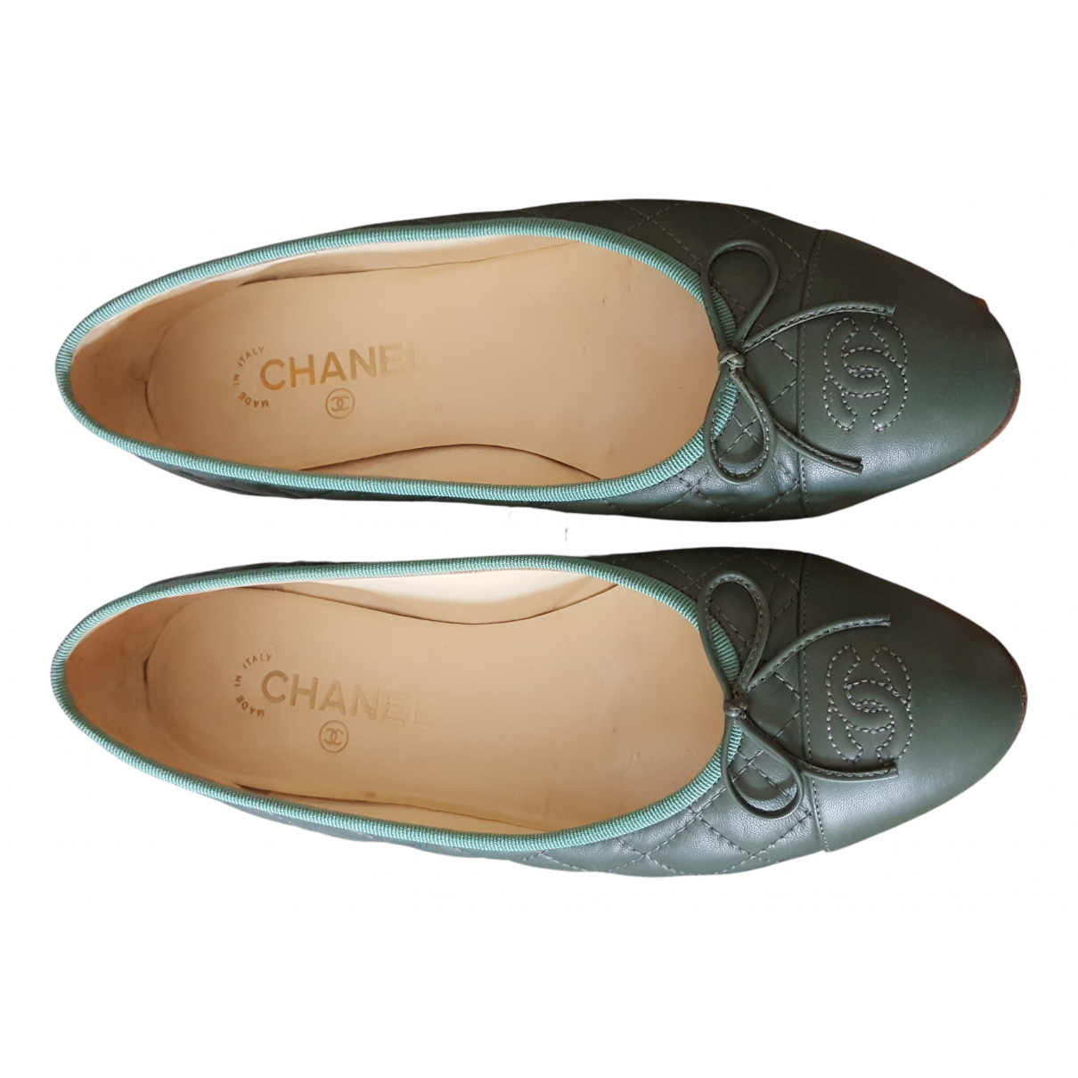 Chanel N Green Leather Ballet flats for Women 39.5 IT