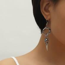 Ohrringe mit Twist und rundem Dekor
