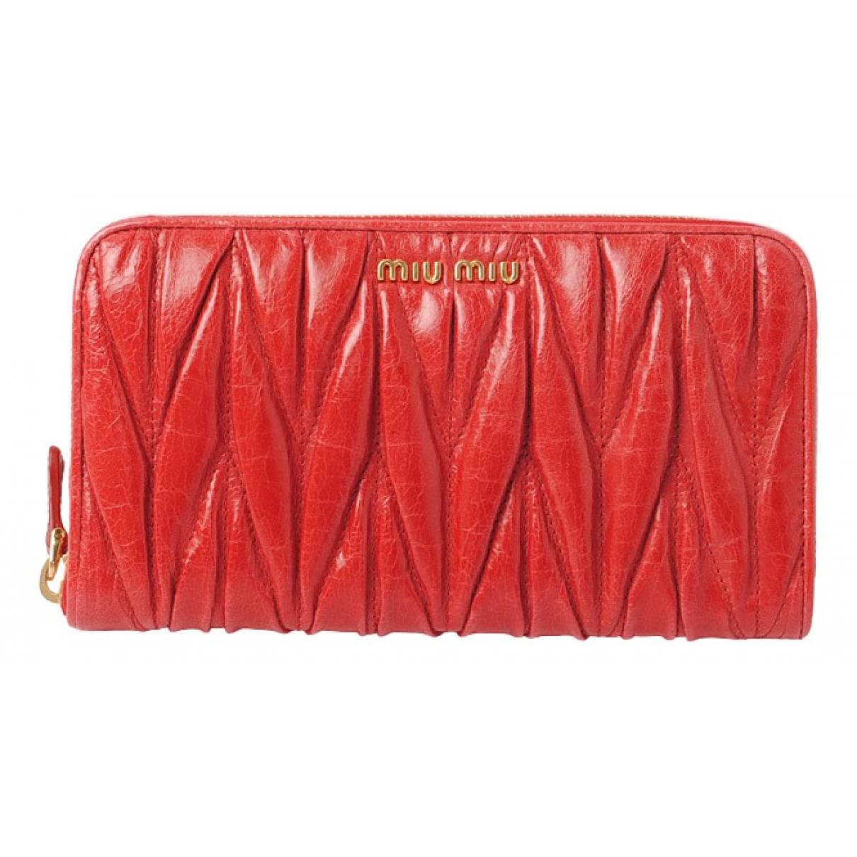 Miu Miu \N Portemonnaie in  Rot Leder