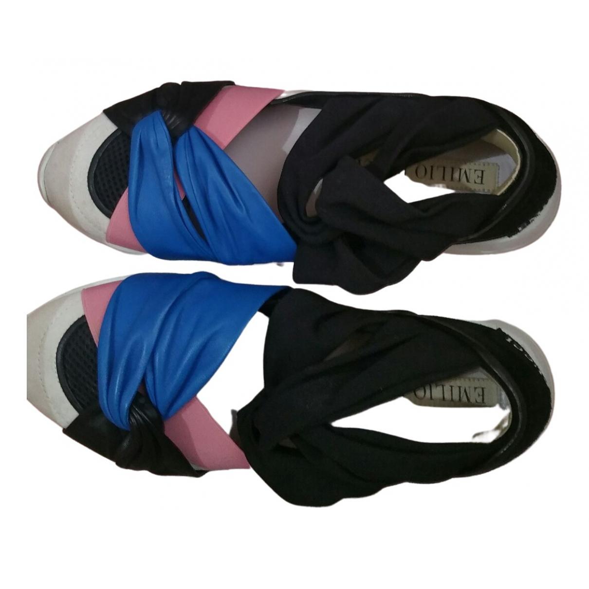 Emilio Pucci \N Sneakers in  Bunt Leder