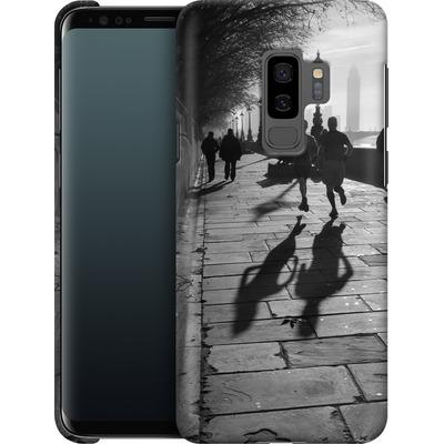Samsung Galaxy S9 Plus Smartphone Huelle - Walk If You Must von Ronya Galka