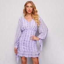Chiffon Kleid mit Knopfen vorn, Knoten, Manschetten und Schosschen am Saum