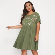 Plus Floral Embroidery Batwing Sleeve Smock Dress