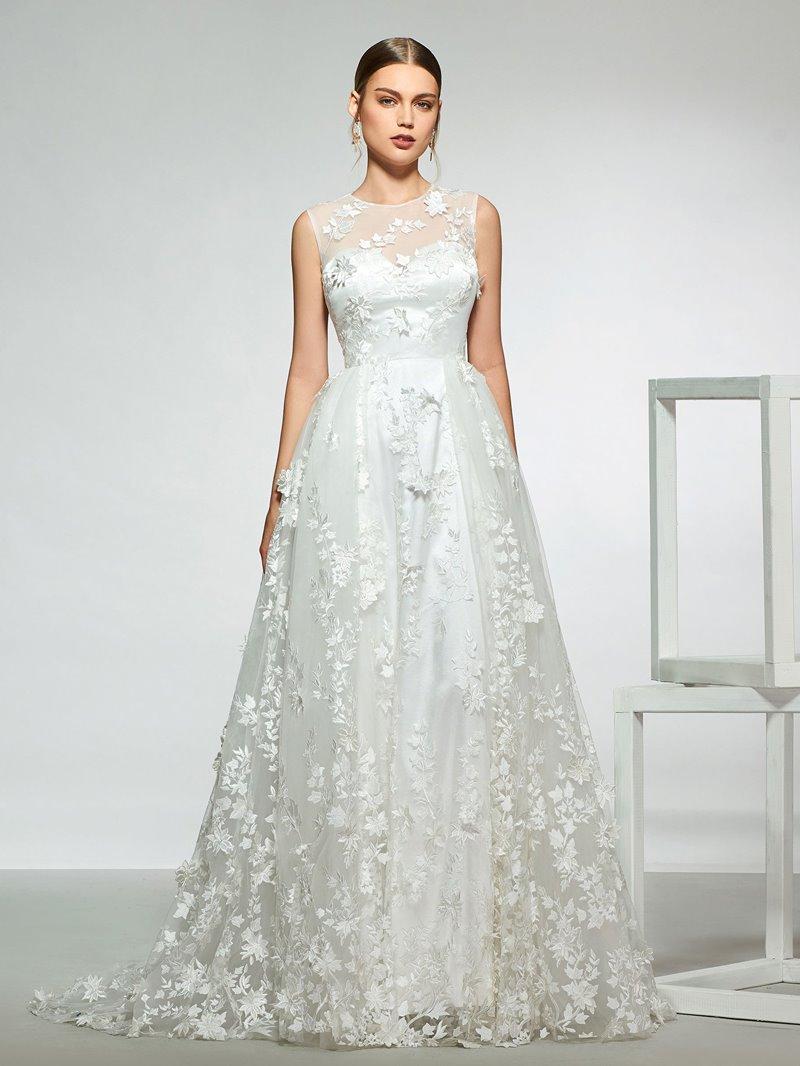 Ericdress Lace Appliques Button Wedding Dress