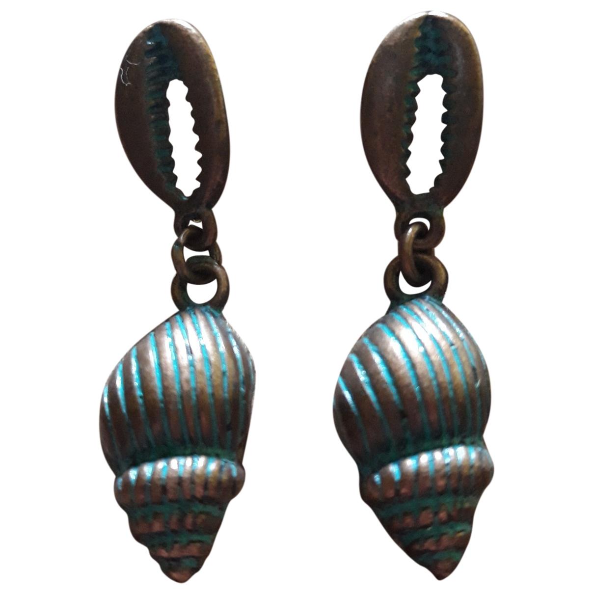 - Boucles doreilles Motifs Coquillages pour femme en metal