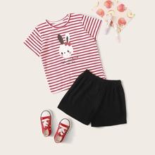 Camiseta de niñitas con estampado de rayas y conejo con shorts