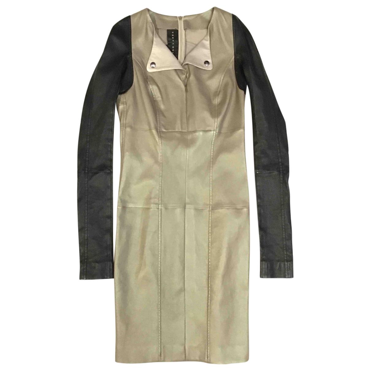 Ventcouvert \N Kleid in  Beige Leder