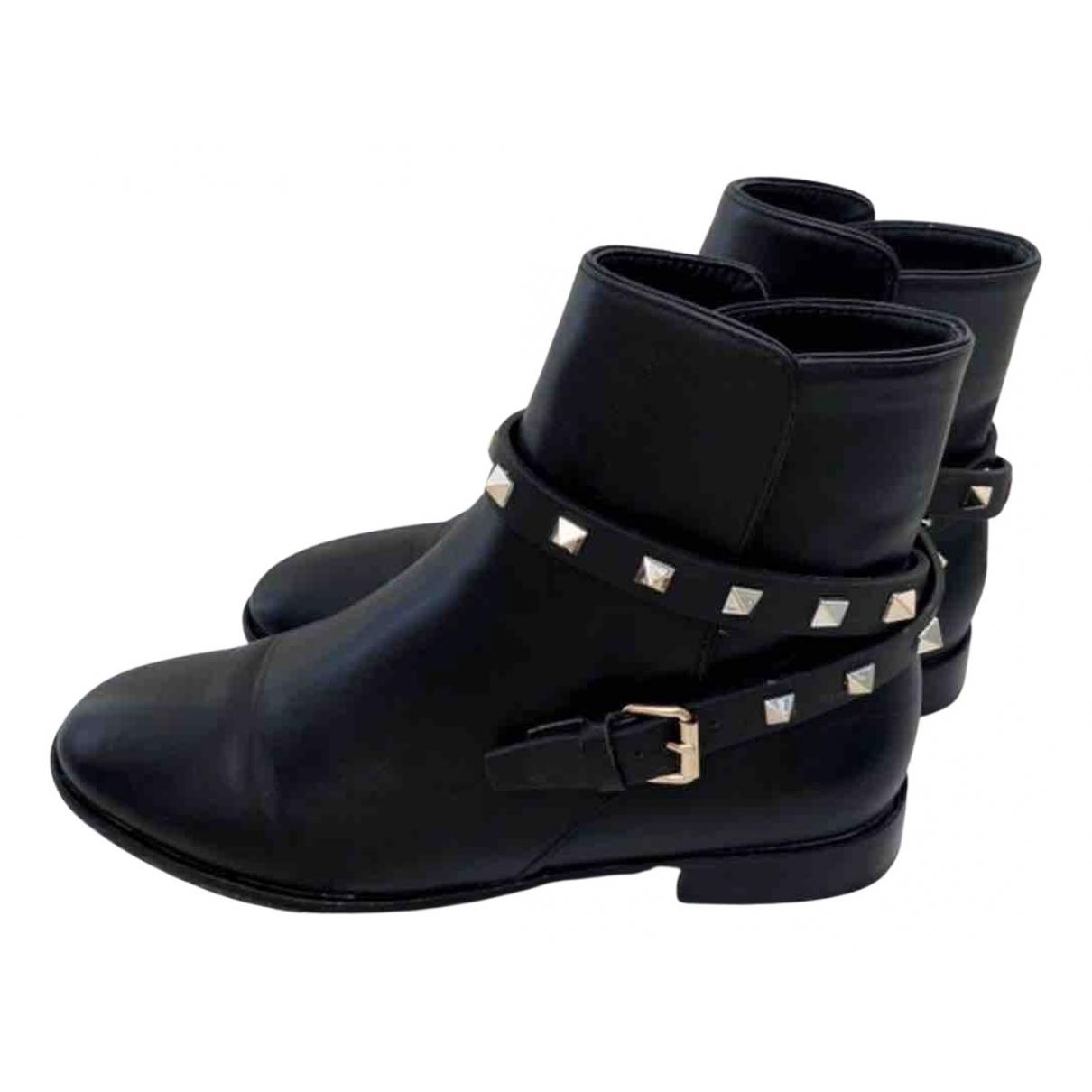 Valentino Garavani Rockstud Black Leather Ankle boots for Women 38 EU