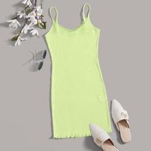 Strick Kleid mit Spitzenbesatz und gekraeuseltem Saum