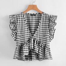 Bluse mit Karo Muster und Rueschenbesatz