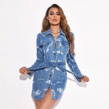 Denim Kleid mit Bleichen Waesche, Knopfen vorn und Guertel