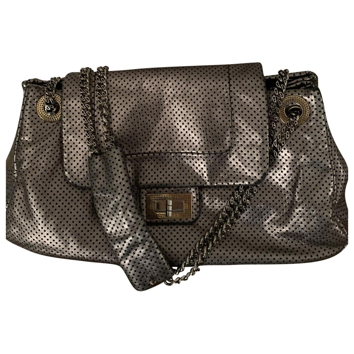 Chanel - Sac a main 2.55 pour femme en cuir - argente