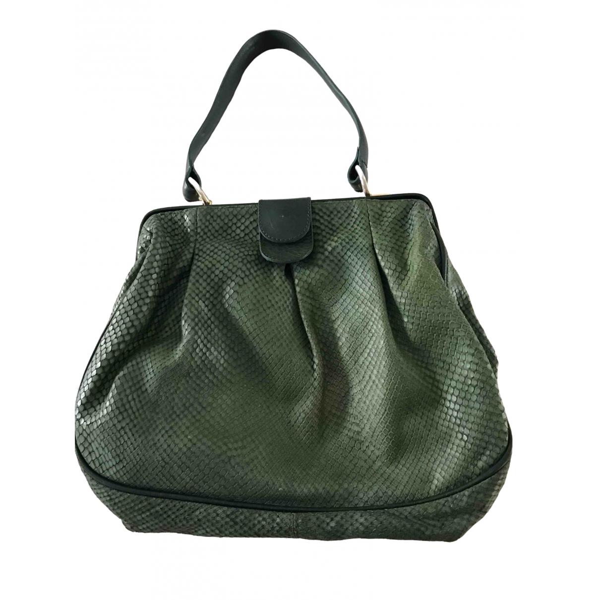 Schumacher \N Green Leather handbag for Women \N