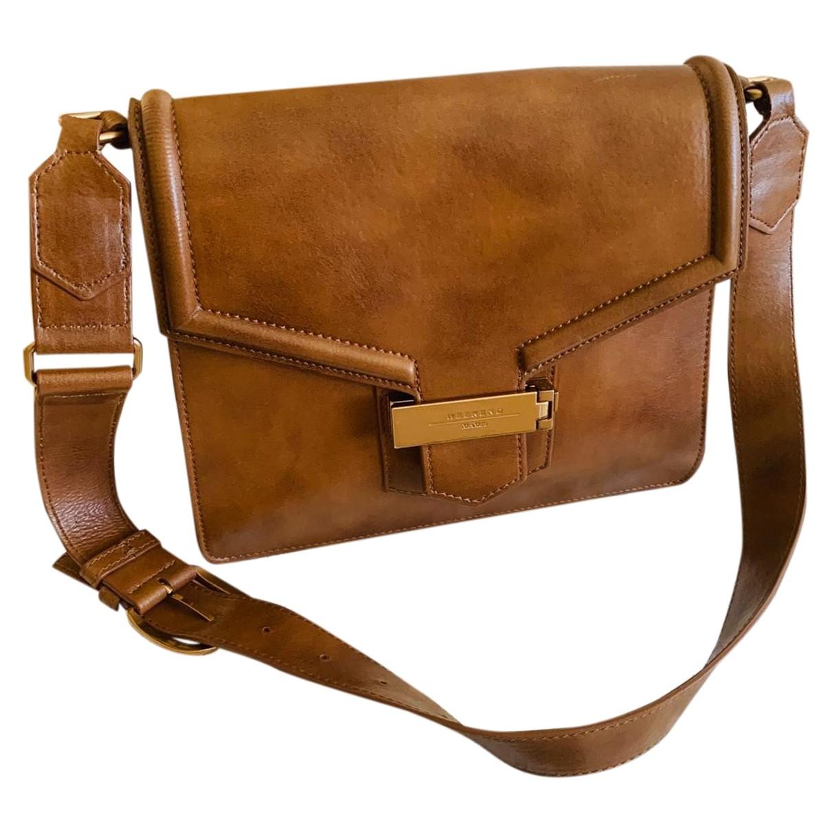Max Mara Weekend \N Camel Leather handbag for Women \N