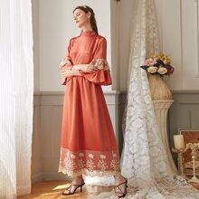 Prendas arabes Encaje en contraste Naranja Quemada Elegante