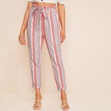 Pantalones de rayas con cinturon de cintura con volante