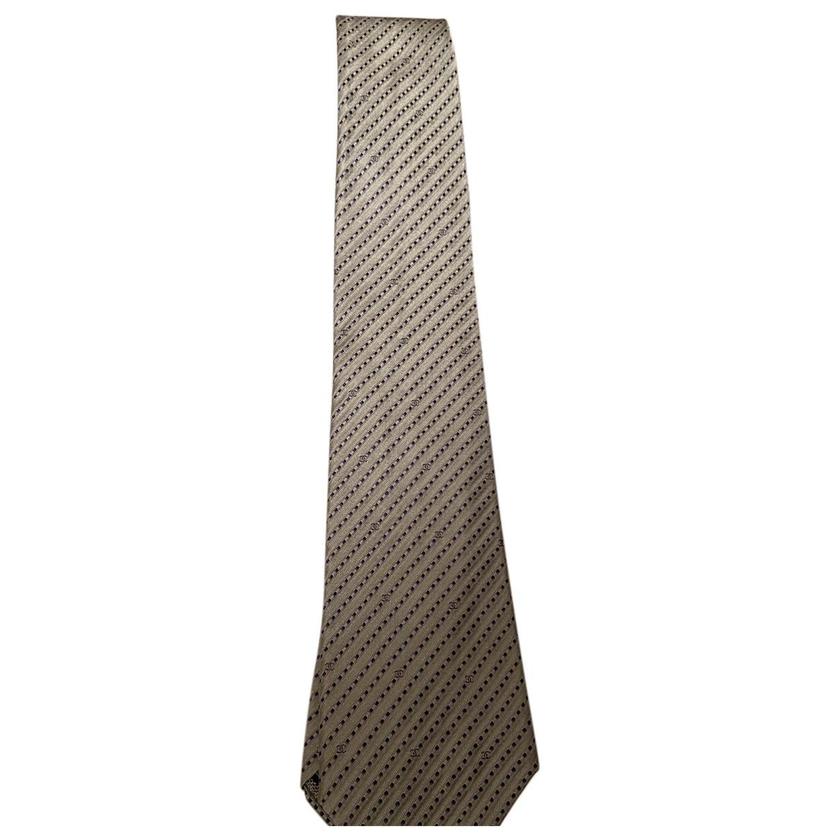 Chanel \N Krawatten in  Grau Seide