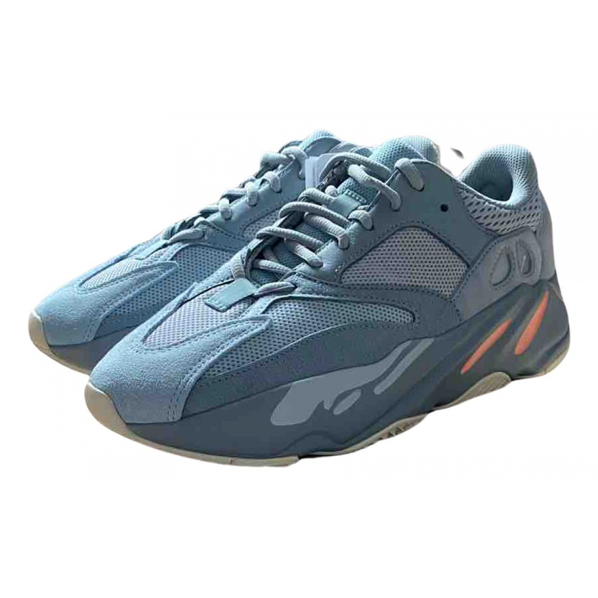 Yeezy X Adidas - Baskets Boost 700 V2 pour homme en suede - bleu