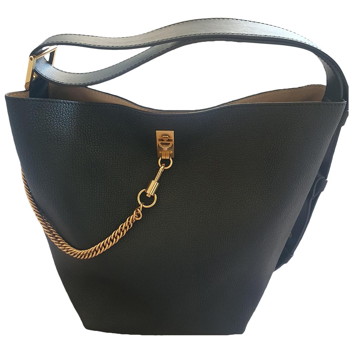 Givenchy - Sac a main Seau GV Bucket pour femme en cuir - noir