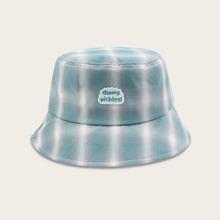 Sombrero cubo con patron de cuadros
