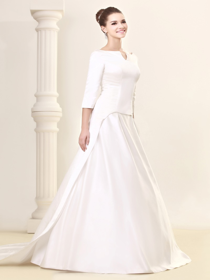 Ericdress 3/4 Length Sleeve Button Wedding Dress with Train