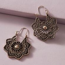 1pair Hollow Out Floral Pattern Drop Earrings