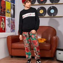 Boys Slogan Graphic Pullover & Leopard and Floral Print Joggers Set