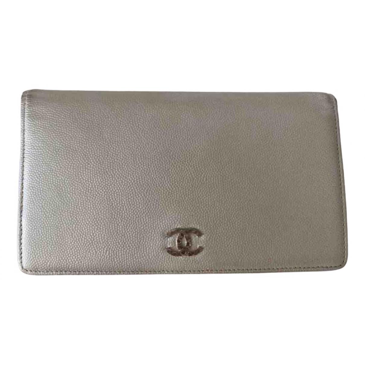 Chanel - Portefeuille   pour femme en cuir - metallise