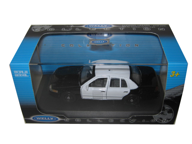 Ford Crown Victoria Unmarked Black/White Police Car 1/43 Diecast Model Car by Welly