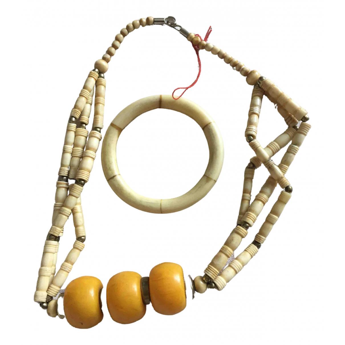 Collar Motifs Ethniques de Cuerno Non Signe / Unsigned
