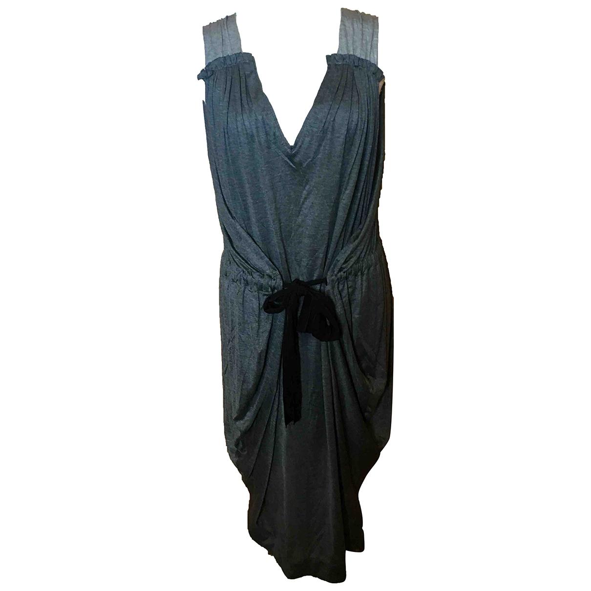 Vionnet \N Kleid in  Grau Viskose
